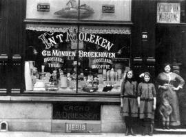 Broekhoven-Adriana-Petronella-Winkel-in-Antwerpen-1914
