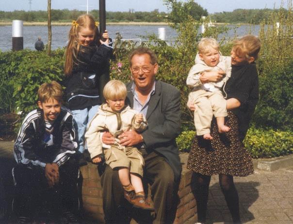 Groeneweg-kleinkinderen-van-Cornelis-en-Kooij-Geertrui-1998