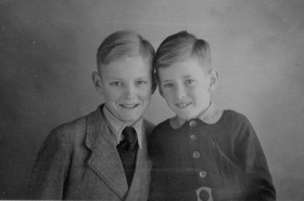 Groeneweg-Cornelis-en-Sjaak-1944