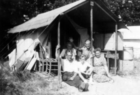 Groeneweg-Cornelis-en-Vos-Cornelia-Oostvoorne-1949-Sjaak-en-Gre-