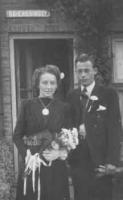 Groeneweg-Riet-en-Slieker-Cas-Huwelijk-20-08-1947-a