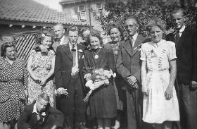 Groeneweg-Riet-en-Slieker-Cas-Huwelijk-20-08-1947