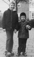 Groeneweg-Walter-en-Ronald-Rotterdam-Pendrecht-1970