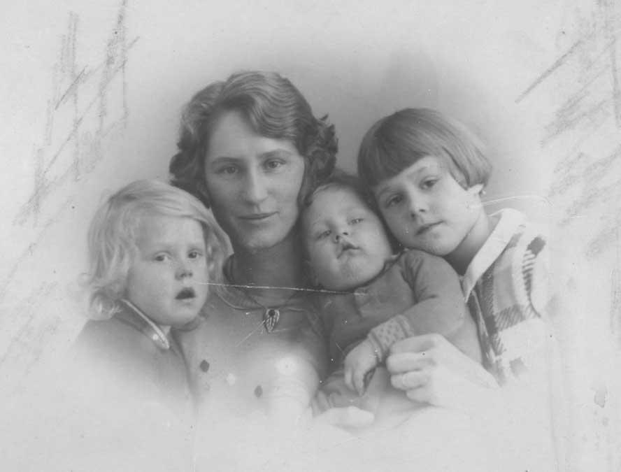 Kooij-Aartje-Maartje-Geertruida-en-Piet-1935