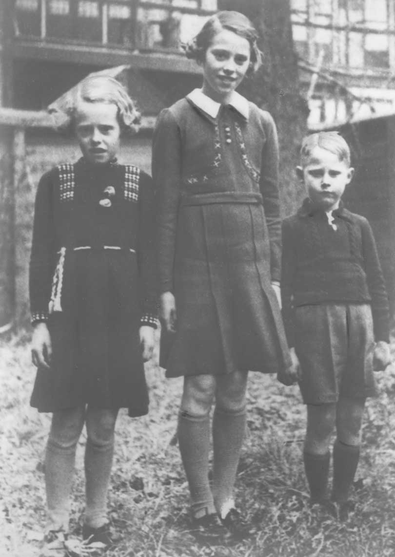 Kooij-Maartje-Geertruida-en-Piet-Katendrecht-1936