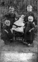 Kooij, kinderen begin 1900.jpg