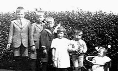 Monden-Christiaan-en-Broek-Elisabeth-v.d.-Kinderen
