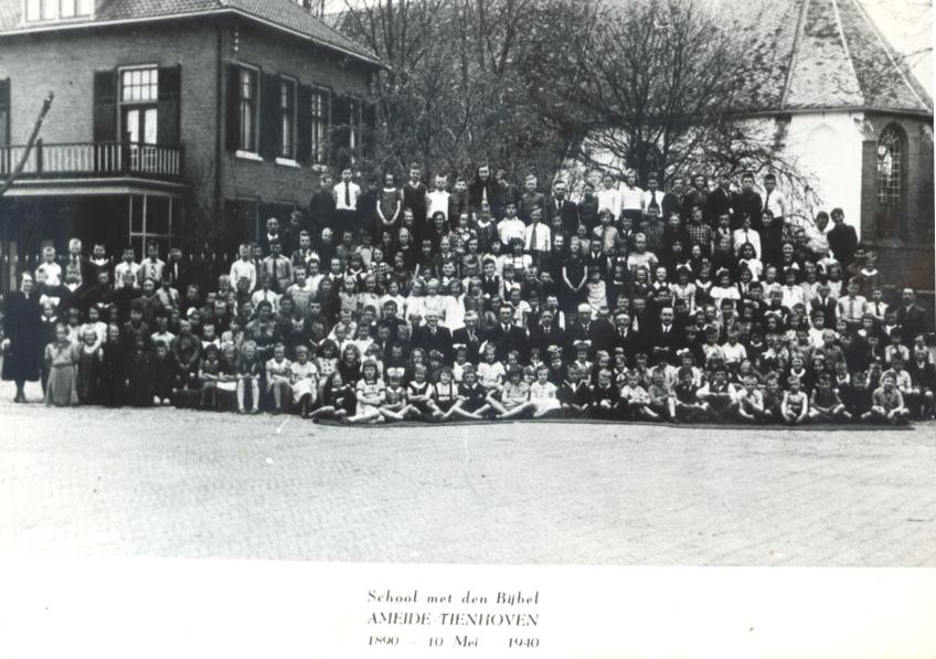 Ameide-Tienhoven-Christelijke-School-1890-1940