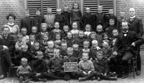 Ameide-Tienhoven-Christelijke-School-ca.-1940