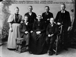 Ham-v.d.-Poel-v.d.-Familiefoto-1896